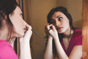 lovely photo wedding - getting ready - brides